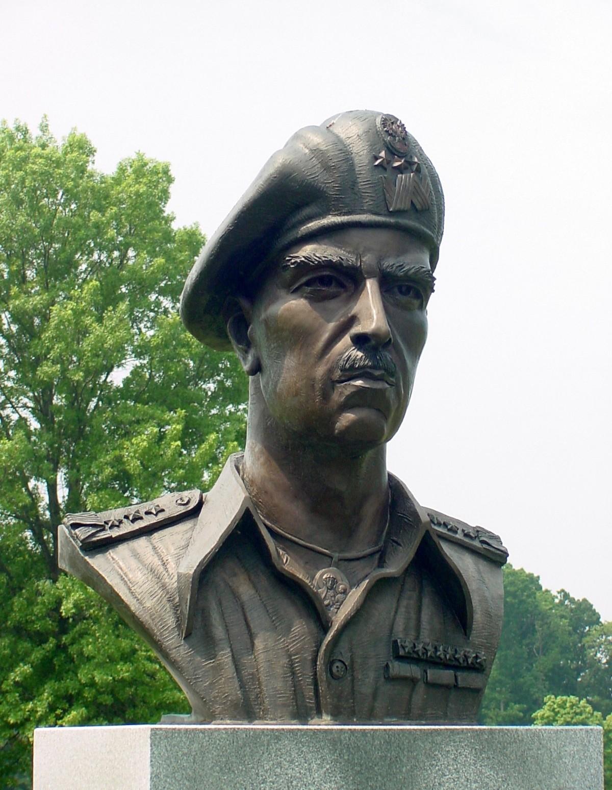 Ufundujmy wspólnie popiersie Gen. Władysława Andersa do National Army Museum  w Londynie!
